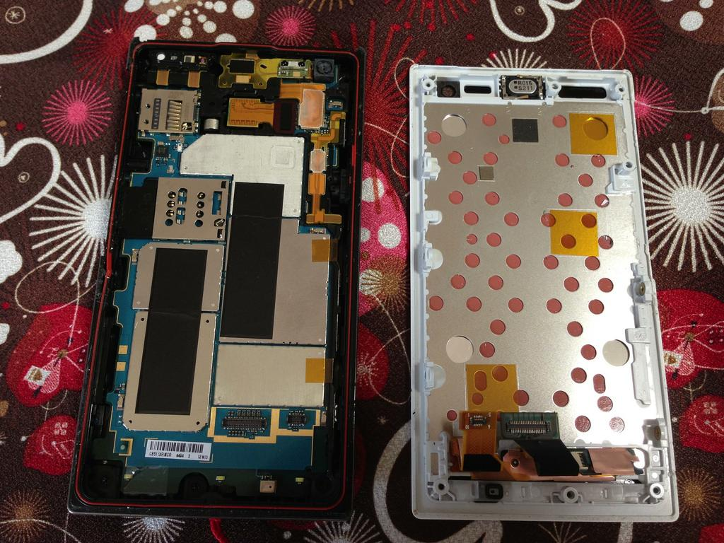 android phone cracked screen repair cost